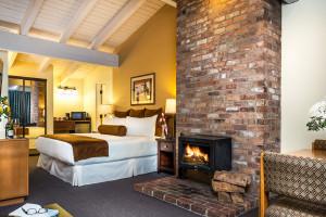 Tamarack Lodge | Affordable Luxury lodging